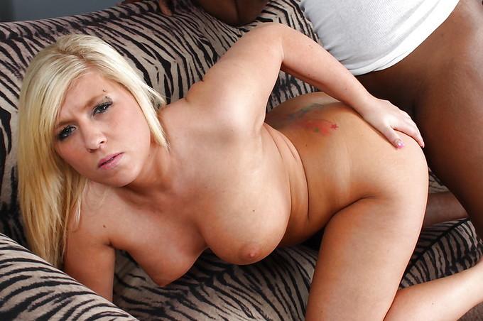 Blonde Bimbo Heidi Hollywood Gets Stuffed By Black Cock