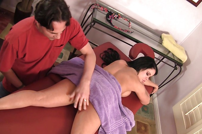 Eric And Nikki Have A Hot Compassioante Get Together