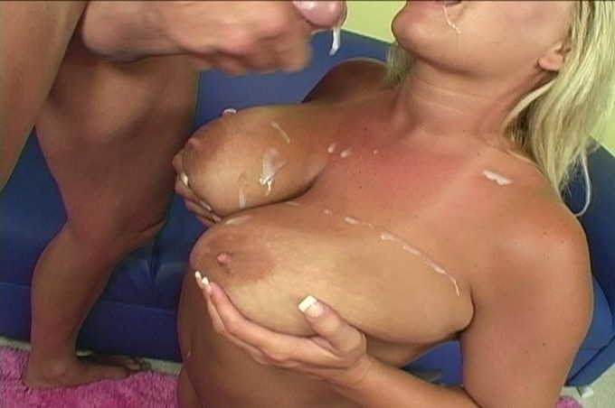 Rachel Love Let Her Giant Boobs Loose On Billy
