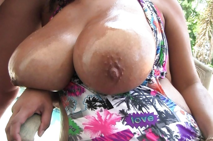 Big Breasted Selena Star Gets Oiled And Pounded Hard
