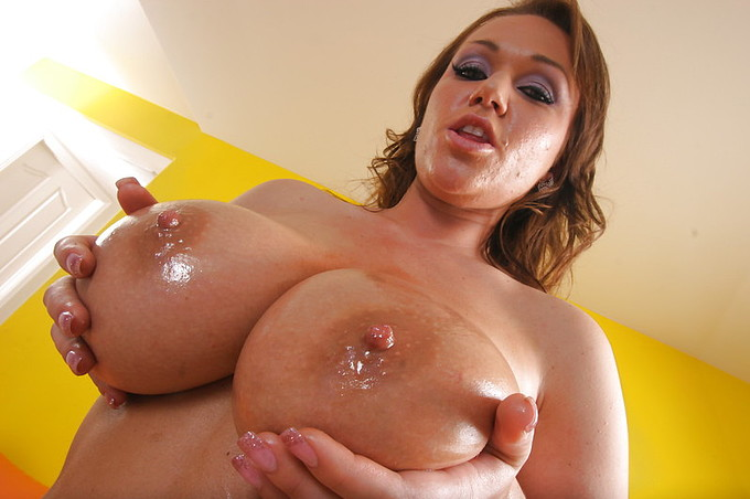Chick With Huge Bouncy Wet Tits Fucks Large Cock