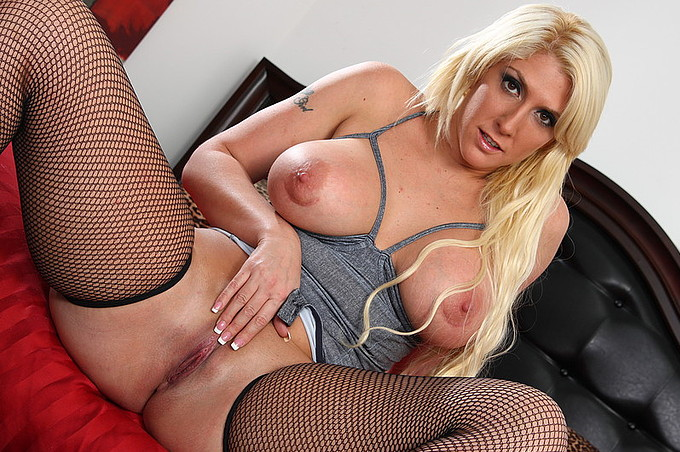 Lustful Blonde Beauty Likes Massive Black Meat Rod