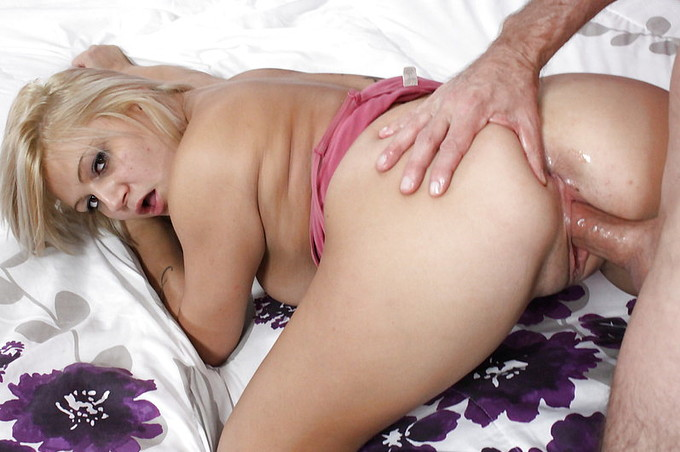 Busty Blonde Railed On Bed By White Cock